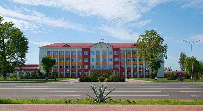 Здание Дубровенского районного исполнительного комитета